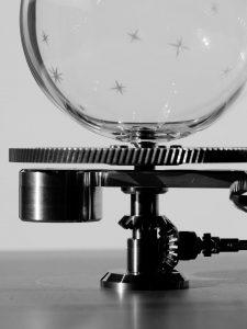 orrery gears. Clocks gear. Rouage planetarium. pignon conique